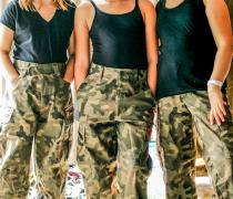 Odlotowe Agentki, Obóz dla Dziewczynek, które chcą zostać superkobietami, Giewartów